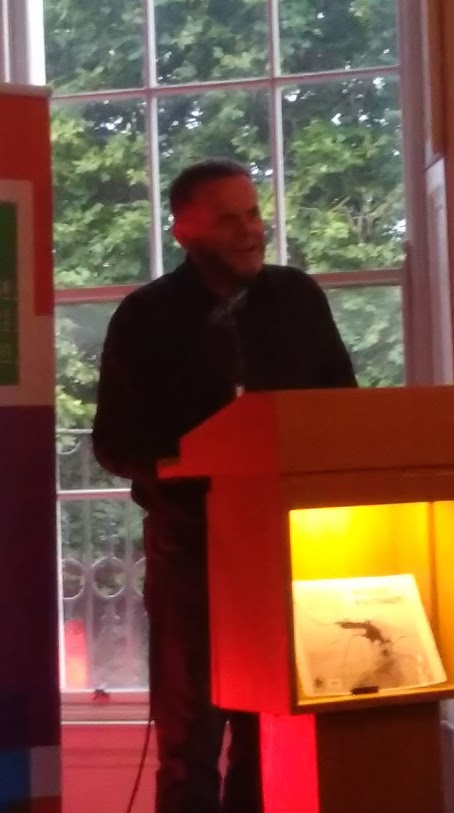 Ross reading from his book How to Sleep with Strangers at the launch in the IWC, September 2017