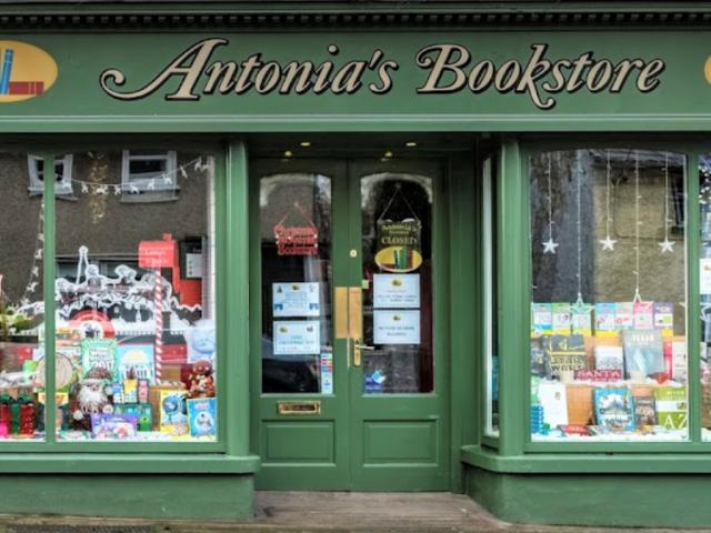 Shop front of Antonia's Bookstore, Trim